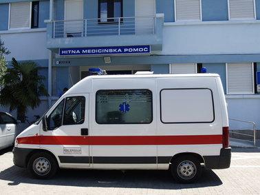 Zavod za hitnu medicinu Zadarske županije donira vozilo Psihijatrijskoj bolnici Ugljan