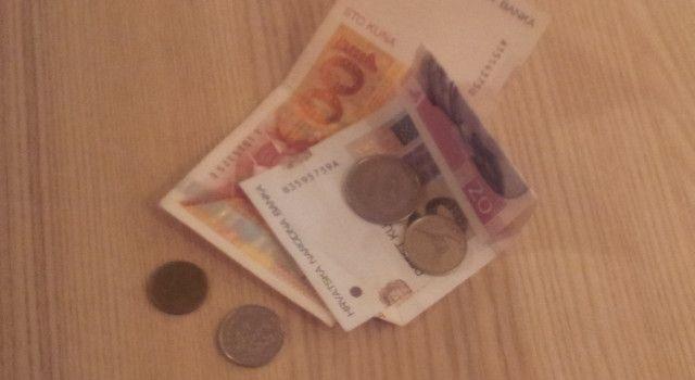 PREVARANTI U AKCIJI Obilaze kuće i stanove tražeći donacije za vukovarske branitelje