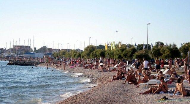 KVALITETA MORA NA GRADSKIM PLAŽAMA Jadran i Vitrenjak i u špici sezone dobri za kupanje