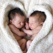 NI LIJEČNICI NISU ZNALI Očekivala jedno dijete, a rodila blizance