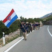 Hodočašće hrvatskih branitelja prema Udbini