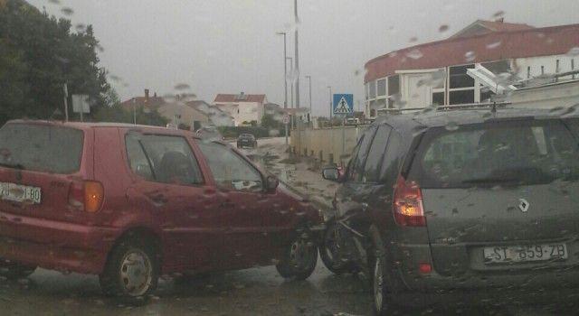GUŽVE NA PROMETNICAMA Niz prometnih nesreća dogodio se tijekom današnjeg dana!