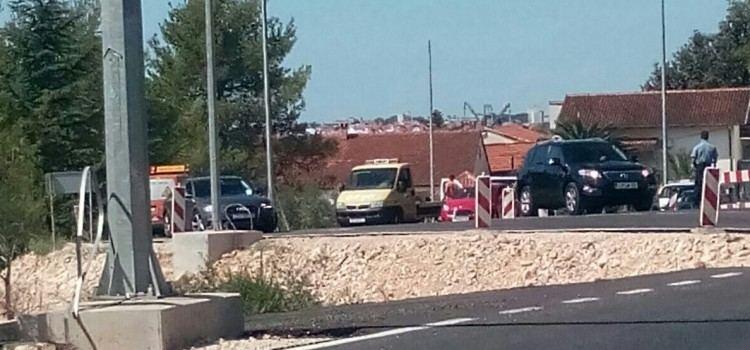 PROMETNA NESREĆA U BIBINJAMA Sudarili se kombi i osobni automobil