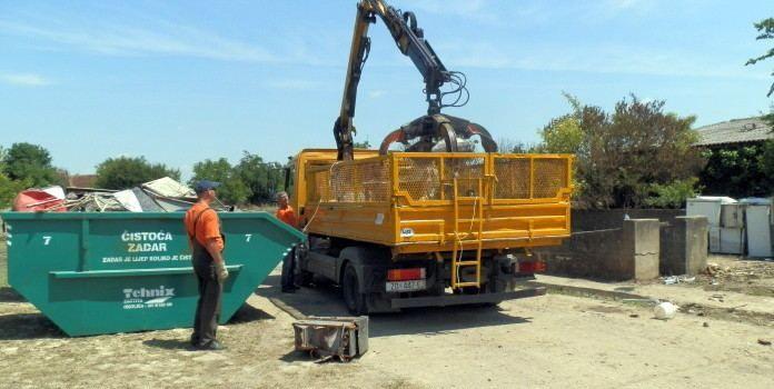 Tvrtka Čistoća platit će 250.000 kuna za bojenje kontejnera