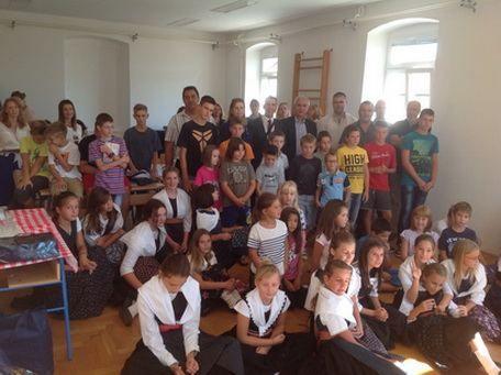 Župan Stipe Zrilić sa suradnicima posjetio školu u Salima