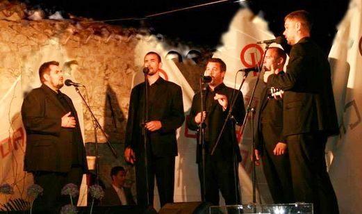 Klapa Munita održala sinoć koncert na Narodnom trgu