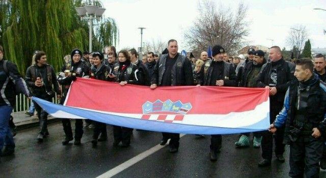 SJEĆANJE NA ŽRTVE Zadarski motociklisti u koloni za Vukovar