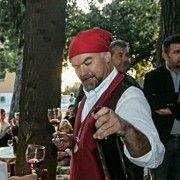 DNEVNICA 200 KUNA U masliniku Rade Bobanovića sezonski posao našlo 60 osoba