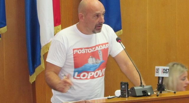 PUPIĆ BAKRAČ: Šime Erliću, zašto svom ocu i Kalmeti ne zamjeriš podignute optužnice DORH-a?