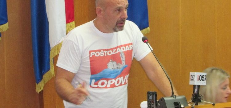 PUPIĆ BAKRAČ: HDZ-ovi direktori koji se tuku poput Denisa Karlovića sramota su za ovaj grad!