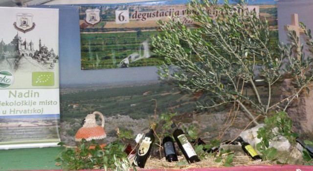 """TRADICIONALNA MANIFESTACIJA """"Degustacija mladih vina i maslinovih ulja Nadin 2016."""""""