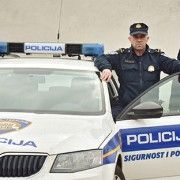 PONOS HRVATSKE Policajci Ušljebrka i Jović zbog spašavanja 10-mjesečne bebe Heroji godine