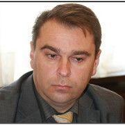 NAKON OPTUŽNICE, STARIGRAD BEZ NAČELNIKA Ramić radno vrijeme provodi u obilasku odvjetnika!