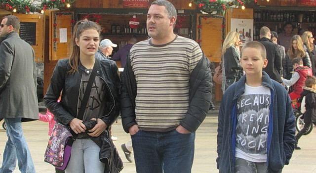 FOTOGALERIJA Očevi s djecom u šetnji gradom
