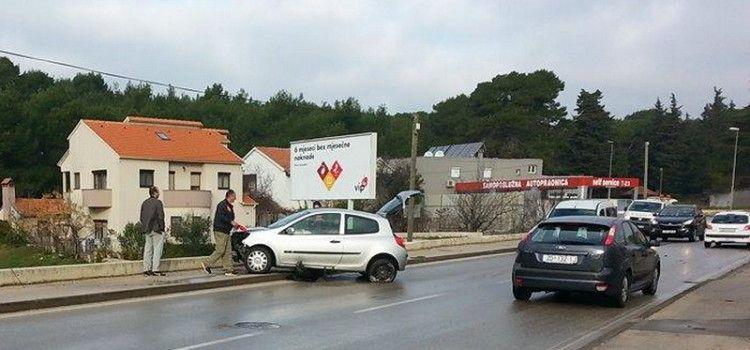 FOTO Prometna nesreća na Putu Nina