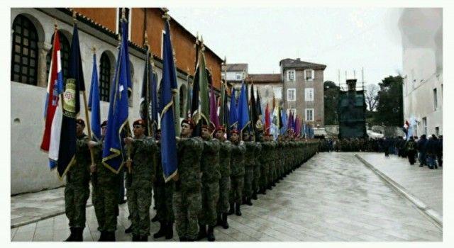 SVEČANI MIMOHOD Građani pljeskom pozdravili sudionike akcije Maslenica
