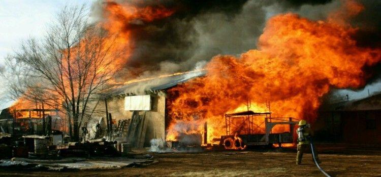 U požaru u Tinju smrtno stradala 78-godišnja žena