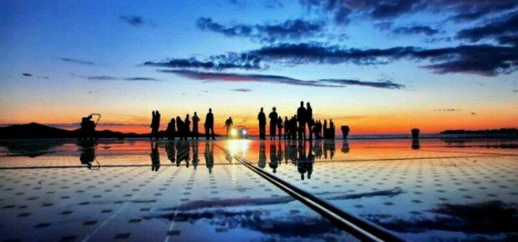 NA P0ZDRAVU SUNCU Obilježava se Međunarodni dan joge