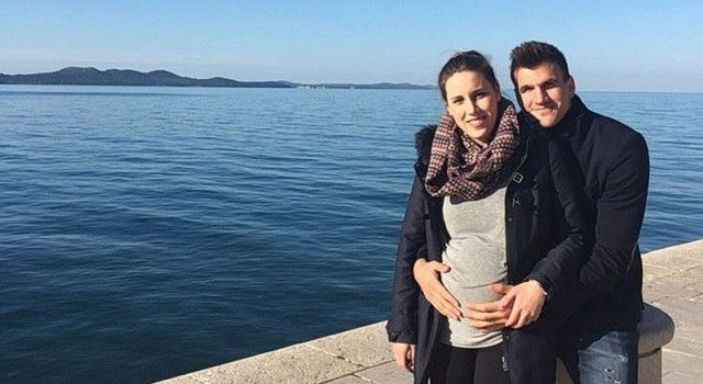 VESELJE U OBITELJI Nogometaš Ivan Santini i supruga Ivana očekuju bebu