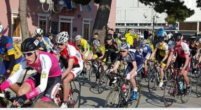 Više od 200 biciklista okupiralo Biograd