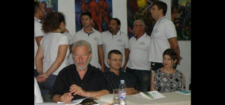 U PETAK U GRADSKOJ LOŽI Predstavljanje knjige Tomislava Marijana Bilosnića i Lane Derkač