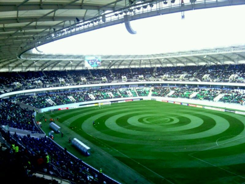 bunyodkor_stadium4-800x600