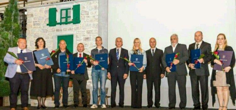 U ARSENALU ODRŽANA SVEČANA SJEDNICA ŽUPANIJSKE SKUPŠTINE Laureatima uručena priznanja!