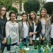 Učenici kroz igru i zabavne eksperimente prikazali ljepotu fizike i kemije