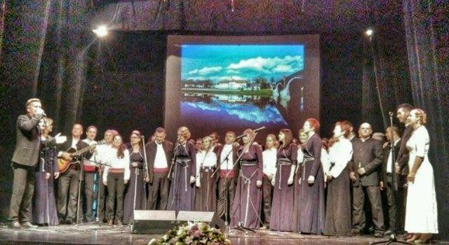 U Vukovaru nastupilo devet klapa s područja Zadarske županije, te pjevač Ivica Sikirić Ićo!