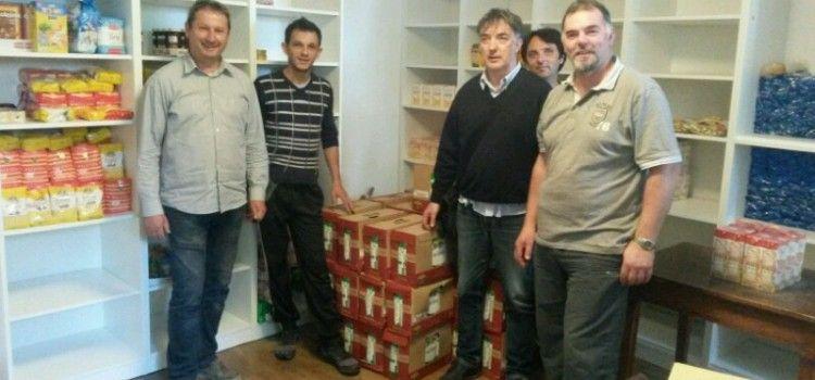 DONACIJA SOCIJALNOJ SAMOPOSLUZI Za siromašne građane donirano 600 litara mlijeka
