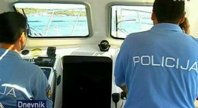 TIJEKOM NEVREMENA Četiri osobe spašene u Velebitskom kanalu