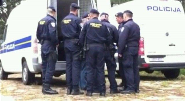 Policija osumnjičila pet osoba za krađu glisera