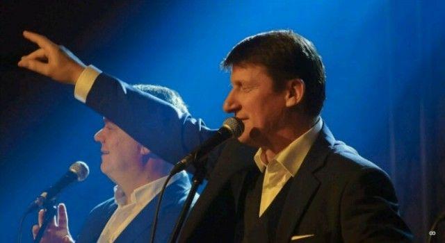 U KAZALIŠTU Tomislav Bralić i klapa Intrade pjevali za oboljele od leukemije