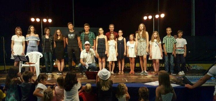 TEEN FEST U SUKOŠANU Okupio 14 talentiranih izvođača i izvođačica!