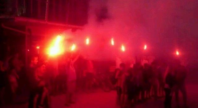 VELIKO SLAVLJE NA USKOKU Obitelj i prijatelji bakljadom proslavili pobjedu Fantele i Marenića