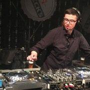 VRAĆANJE KORIJENIMA Beck's techno party oživio Gaženicu