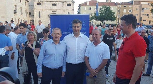 PLENKOVIĆ DOLAZI U MASLENICU Baričević organizira veliki skup!