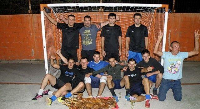POVODOM BLAGDANA VELIKE GOSPE Na turniru u Stankovcima igralo 12 ekipa!