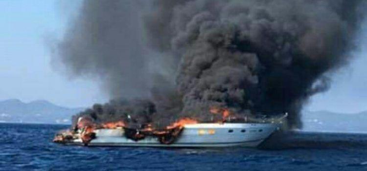 JAHTA IZGORJELA I POTONULA Putnike spasili ribari i primili ih na svoj brod