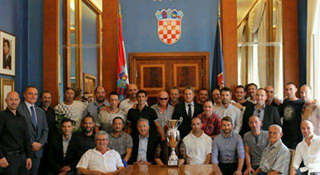 VETERANI NK ARBANASI – PRVACI HRVATSKE Primio ih gradonačelnik Kalmeta!