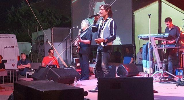 Jasmin Stavros sinoć oduševio publiku u Viru