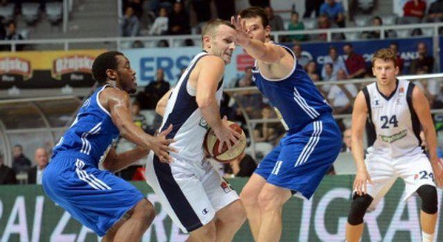 Košarkaši Zadra na Višnjiku pobijedili skopski MZT rezultatom 71-65