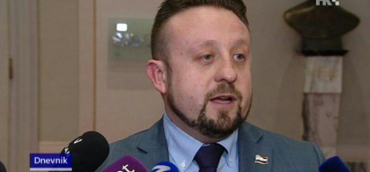 Zadarski pravaši zahtijevaju da se Ivana Tepeša izbaci iz stranke!