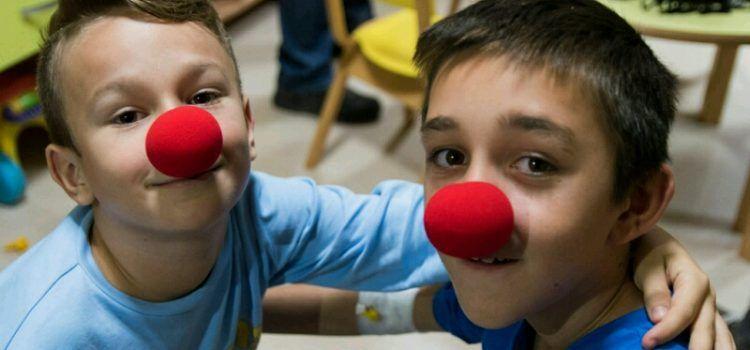 Klaunovi će uveseljavati bolesnu djecu na Odjelu pedijatrije