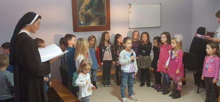 FOTOGALERIJA Priredba Dječjeg vrtića Svete Male Terezije u Bibinjama