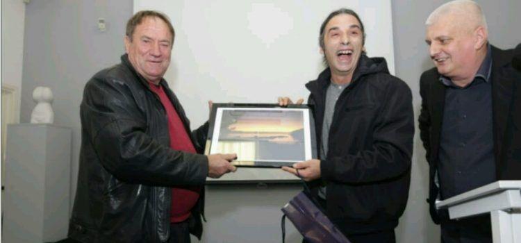 Bibinjac Ante Sikirić, autor pjesama klape Intrade, dobio nagradu za životno djelo!