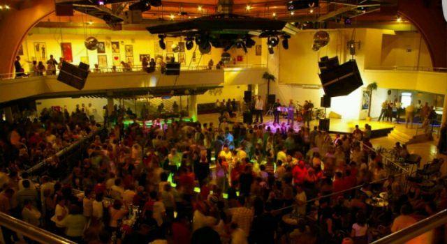 SATURNUS OTVARA VRATA Doček nove godine za 1.500 posjetitelja!