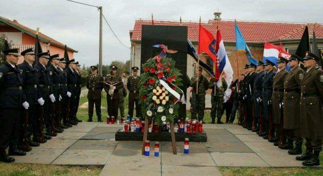 Žrtva hrabrih branitelja i civila Vukovara i Škabrnje zapalila je vatru slobode!
