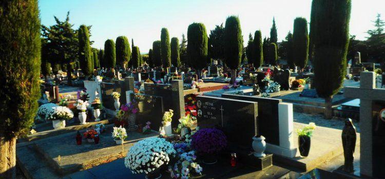FOTOGALERIJA Lijepo uređeno Gradsko groblje (Foto: Čedomir FABULIĆ)