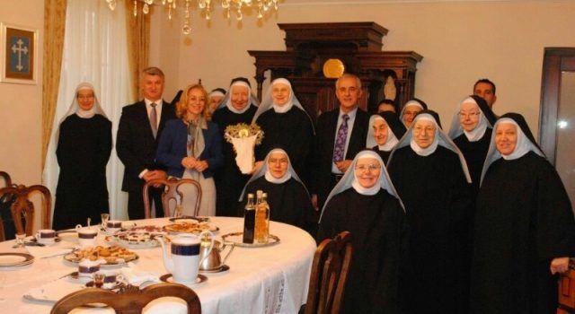 Župan Stipe Zrilić posjetio Benediktinke, Franjevce i socijalnu samoposlugu